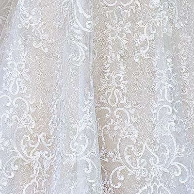 Rebecca Ingram Debbie 8RS557 Fabric