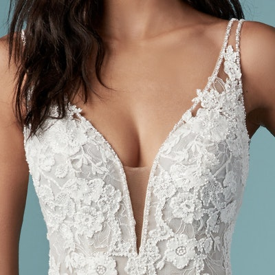 Maggie Sottero Elvie 9MS900 Neckline