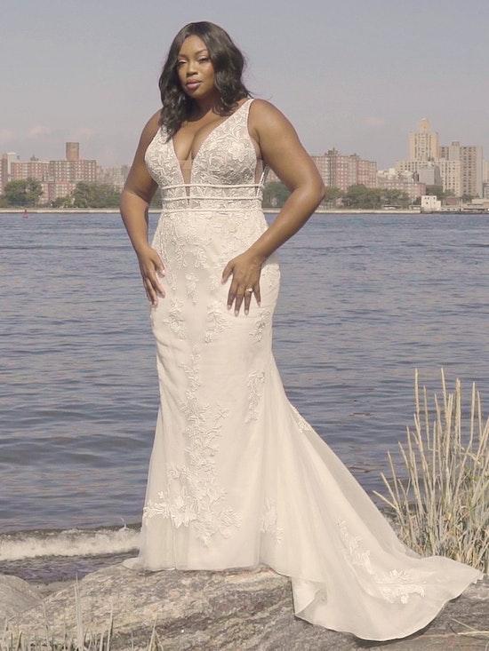Rebecca Ingram Angie Illusion V-back Sheath Wedding Dress 21RT377 Curve-Alt7