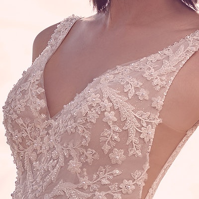 Sottero and Midgley Pierce 21SV396 Neckline