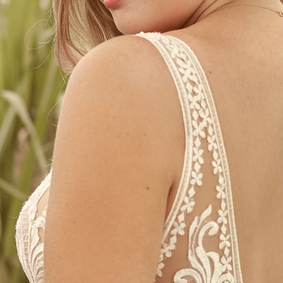 Rebecca Ingram Breanne 21RS384 Sleeve