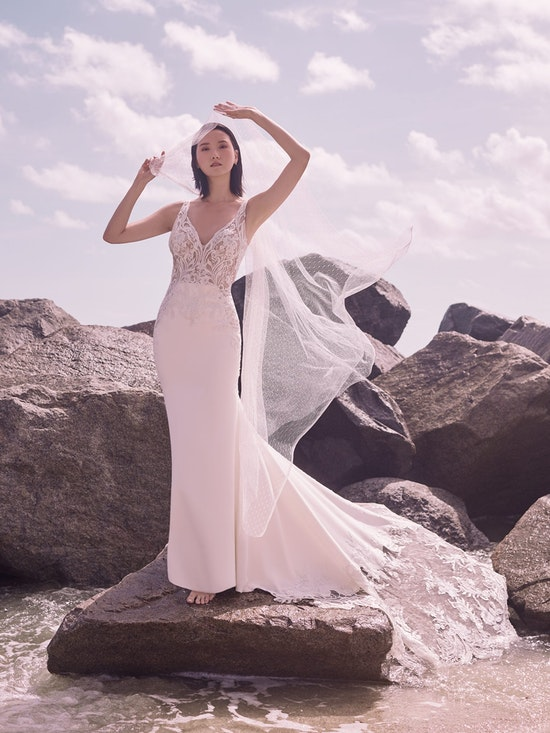 Sottero and Midgley Dean Sexy V-back Crepe Bridal Gown 21SW339 Alt4