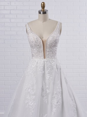 Maggie Sottero Leticia Lynette Plus Size Romantic A-line bridal gown with a soft and feminine skirt 21MK394B Color1