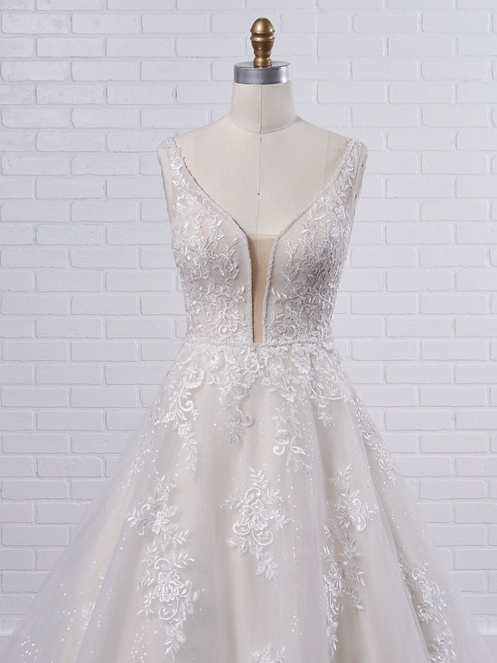 Maggie Sottero Leticia Lynette Plus Size Romantic A-line bridal gown with a soft and feminine skirt 21MK394B Color2