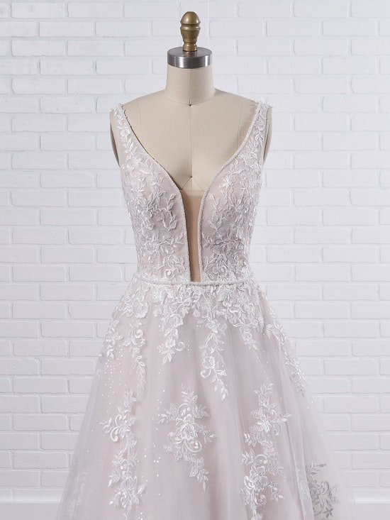 Maggie Sottero Leticia Lynette Plus Size Romantic A-line bridal gown with a soft and feminine skirt 21MK394B Color3