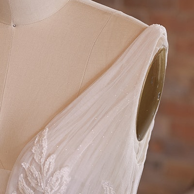 Rebecca Ingram Wedding Dress Jenessa 21RS777 bp05