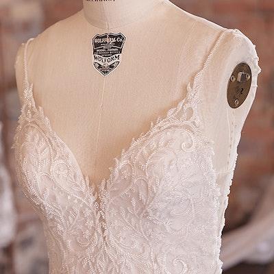 Sottero and Midgley Wedding Dress Barrett 21SK809 bp03