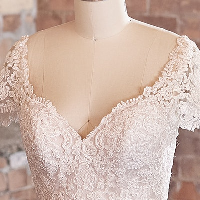 Sottero and Midgley Wedding Dress Dublin-Lynette 21SS811B bp03