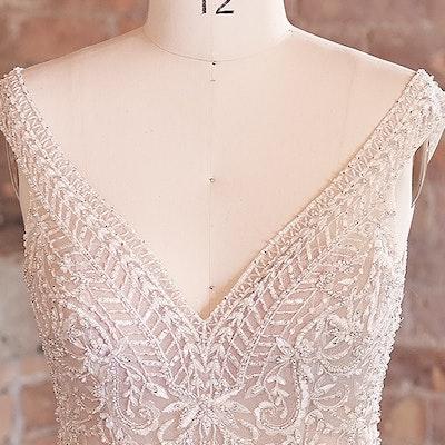 Sottero and Midgley Wedding Dress Priyanka 21SZ823 bp03