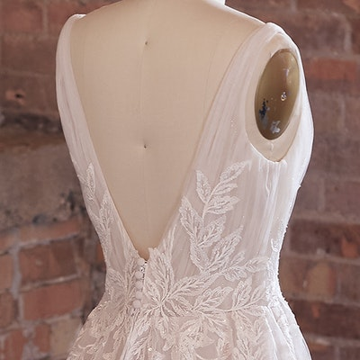 Rebecca Ingram Wedding Dress Jenessa 21RS777 bp04