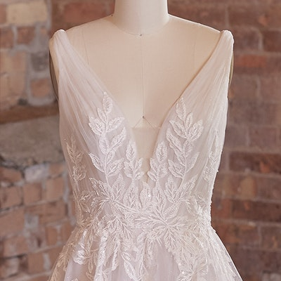 Rebecca Ingram Wedding Dress Jenessa 21RS777 bp02