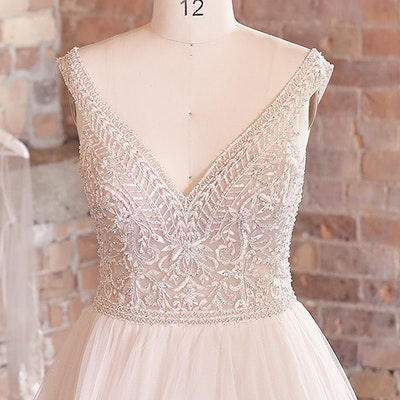 Sottero and Midgley Wedding Dress Priyanka 21SZ823 bp02