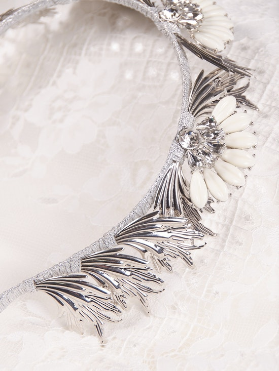 A-El-Este with Maggie Sottero Jewelry ALANIS (Crown) 21AE103CR Alt4