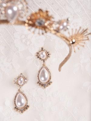 A-El-Este with Maggie Sottero Jewelry DEANDRA (Earring) 21AE114EA Alt2
