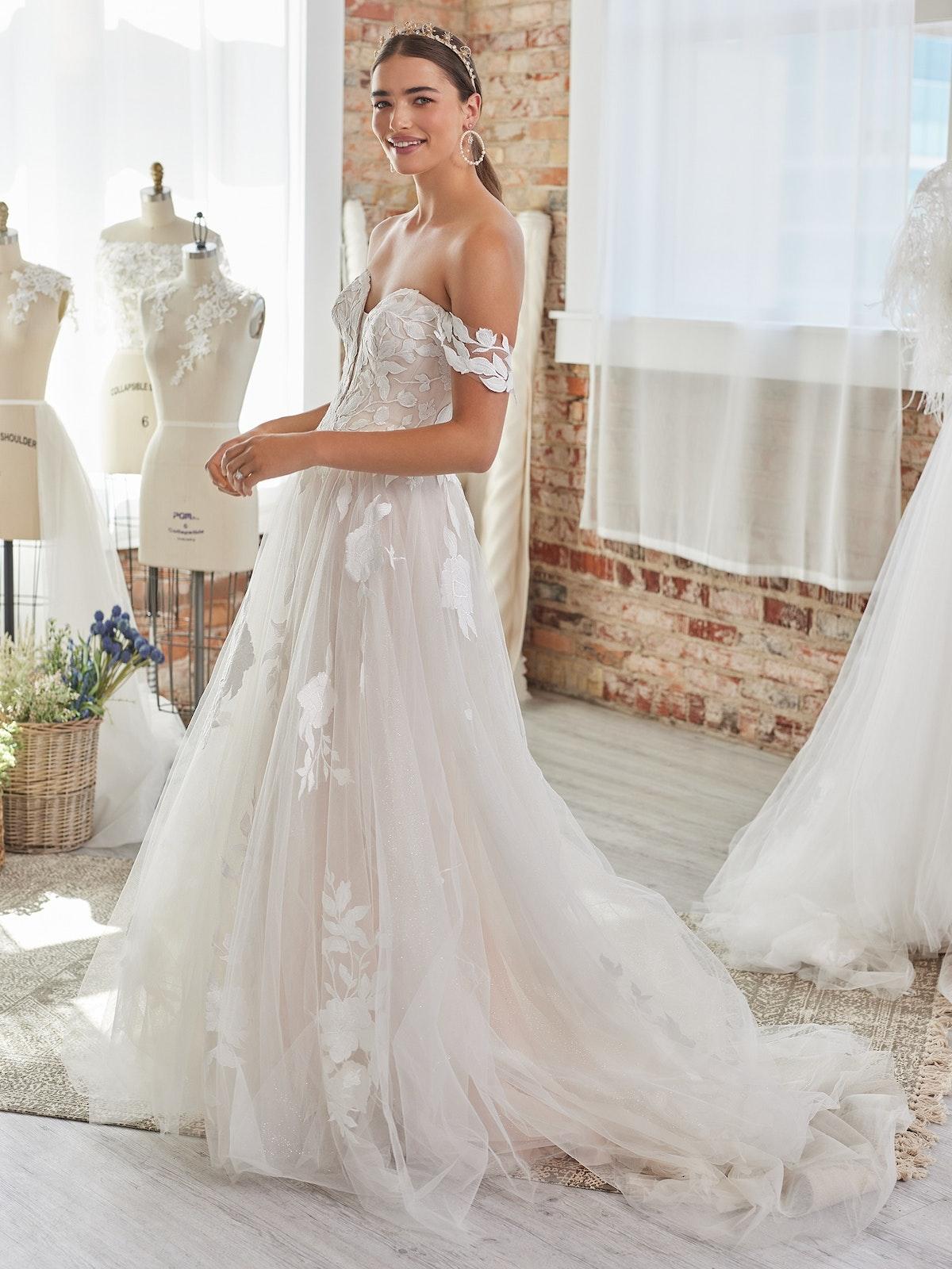 Rebecca Ingram Wedding Dress Hattie-Lane 22RT517A01 Alt050