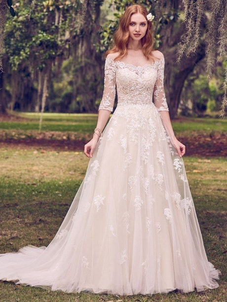 Bree (Curve) (CRV-8MS491) Lace Wedding Dress by Maggie Sottero