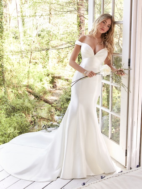 Cindy (20RW219) Wedding Dress by Rebecca Ingram